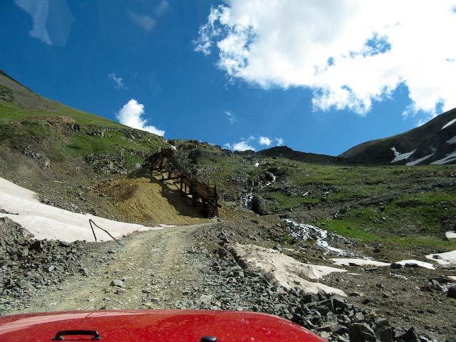 heading uphill to California Pass