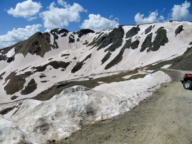 descent toward Animas Forks